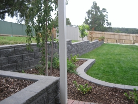 landscaping-one90479309-8413-4AA0-88FA-BEE30AFCF8AF
